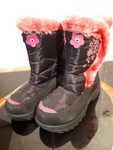 Girls winter boots, size 36 in Ramstein, Germany