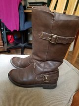 Girls boots size 11 in Fort Riley, Kansas