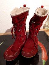 Girls winter boots size 35 in Ramstein, Germany