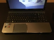 Toshiba s855 i7, windows 10 in Fort Campbell, Kentucky