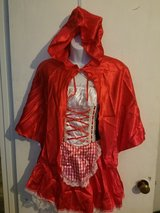 Little red riding hood costume in Hinesville, Georgia