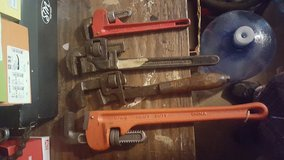 Pipewrenches in Lockport, Illinois