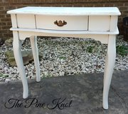 ENTRYWAY TABLE / SMALL DESK in Leesville, Louisiana