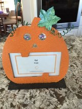 4x6 pumpkin picture frame, brand new! in Joliet, Illinois