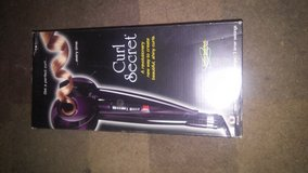 For Sale or Trade Brand New As Seen On Tv Curl Secret in Fort Leonard Wood, Missouri