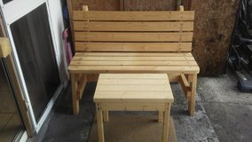 "48""  Bench with table ( Pine Wood ) in Kissimmee, Florida"