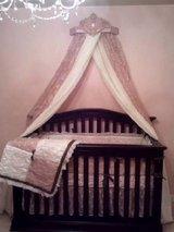 LIKE NEW GORGEOUS Unique Girls Crib Bedding in Bolingbrook, Illinois