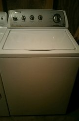 Like new whirlpool HE washer with no agitator in Fort Rucker, Alabama