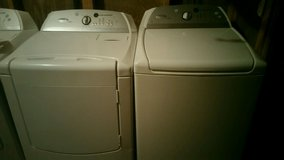 Matching whirlpool cabrio HE washer and dryer set in Fort Rucker, Alabama