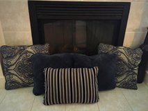 5 decorative blue & grey toned pillows in Naperville, Illinois