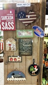 Pictures-Wall decor in Fort Campbell, Kentucky