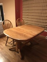 Kitchen table and 6 chairs in Tinley Park, Illinois