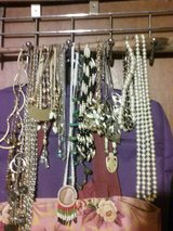 necklaces in St. Louis, Missouri