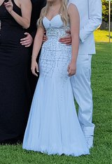 Prom Formal Gown Camille La Vie sz 0 White Trumpet Homecoming Long Bead Sequin Bead Iridescent V... in Kingwood, Texas