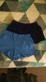 Women's workout shorts sz M in Lakenheath, UK