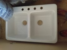 New white cast iron double kitchen sink in 29 Palms, California