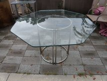 Outdoor/Indoor Heavy Plate Glass Table with Metal Drum Shape Chrome Base in Wilmington, North Carolina