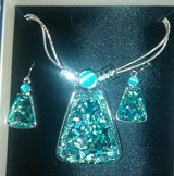 Mixit Beautiful Necklace/Earring set in Kingwood, Texas