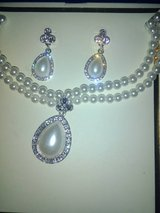 Necklace/Earring set in Spring, Texas