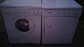 Frigidaire washer and Kenmore electric dryer set in Alamogordo, New Mexico