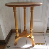 Wood Plant stand in Joliet, Illinois