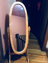vintage dressing mirror in Bolling AFB, DC