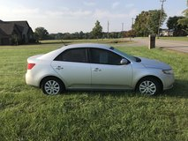 2013 Kia Forte EX  .. OBO in Fort Campbell, Kentucky
