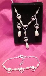 Avon silver and faux pearl necklace set in Beaufort, South Carolina
