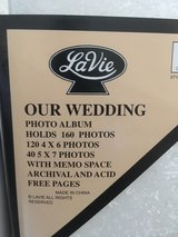WEDDING PHOTO ALBUM -NEW- in Spring, Texas
