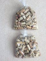 Bag of 100 wine corks in Naperville, Illinois