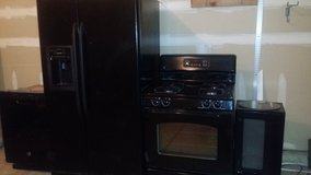 BLACK GE APPLIANCES-COMPLETE SET ONLY $395!! in Naperville, Illinois