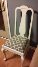 white/gray chair in Naperville, Illinois