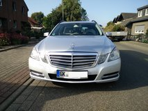 REDUCED - LUXURY CAR - MERCEDES E 220 CDI DPF Blue Efficiency 7G-Tronic in Geilenkirchen, GE