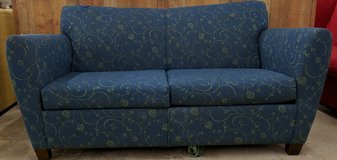 BLUE FLORAL SOFA in Cherry Point, North Carolina