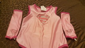 Super girl halloween outfit one size in El Paso, Texas