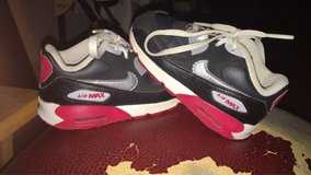 Boys Nike shoes. Size 7. in Alamogordo, New Mexico