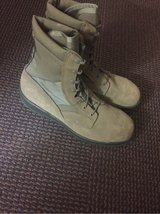 steel toe boots in Lackland AFB, Texas