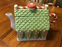 Gingerbread house Teapot in Alamogordo, New Mexico