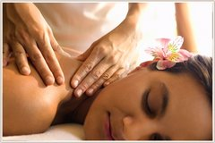 Aroma oil massage & Deep Pore Cleanse 100mins in Okinawa, Japan