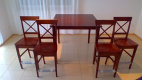 5PC Dining Set w/chairs in excellent condition in Ramstein, Germany