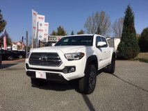 2017 Toyota Tacoma TRD Off-road 4x4 - Video of truck! in Baumholder, GE