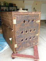 Airline Crate/Kennel in Bolling AFB, DC