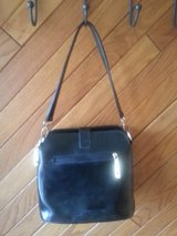 BLACK LEATHER PURSE in Elgin, Illinois