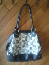 SHOULDER BAG in Elgin, Illinois