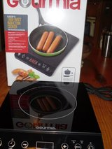 NEW GOURMIA INDUCTION COOKTOP in Beaufort, South Carolina