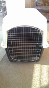 Petmate Kennel & Midwest Metal dog crate in Ramstein, Germany