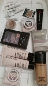 Pending Pickup-Makeup in Naperville, Illinois