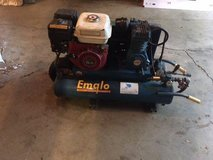 emglo gas air compressor in Sandwich, Illinois