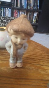 ceramic boy in Alamogordo, New Mexico