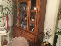 Hutch excellent condition in Fort Lewis, Washington
